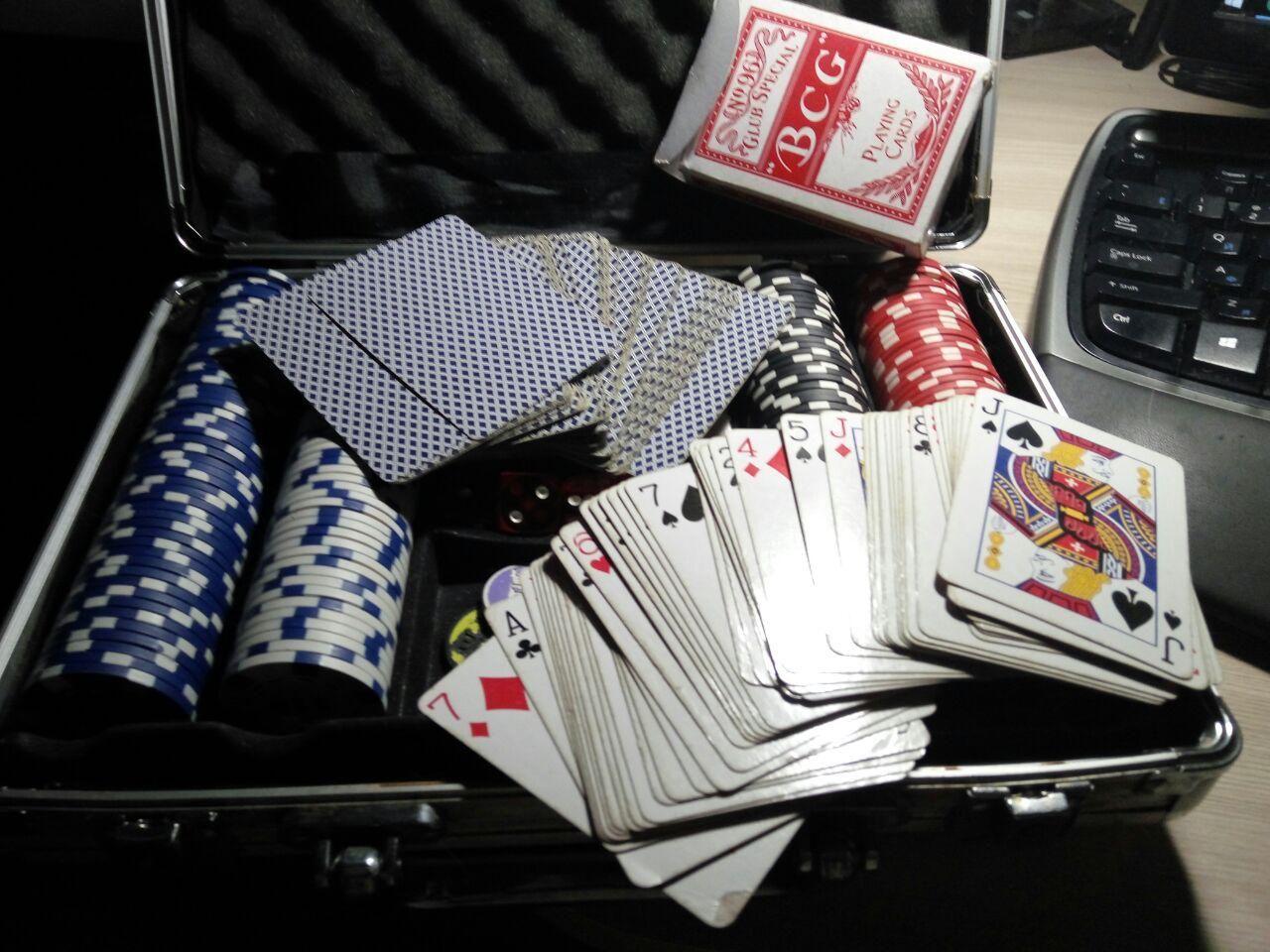 игральные играть карты